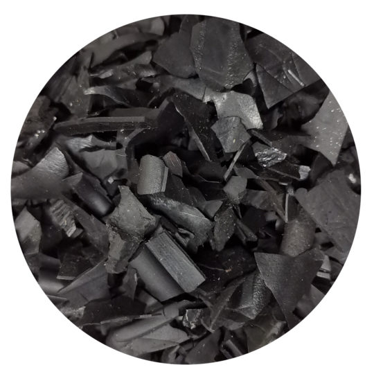 écorce noire pour paillis de jardin