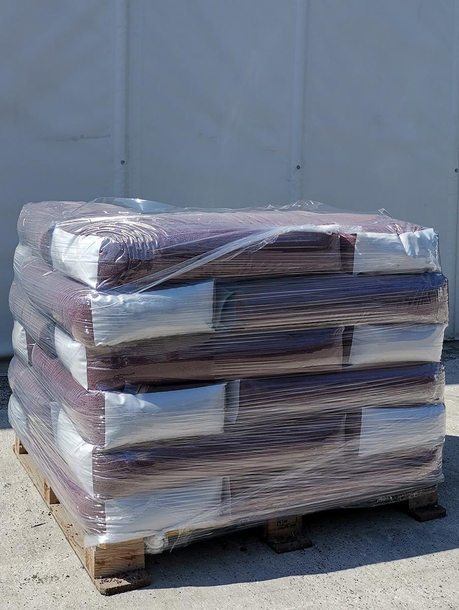 pallet 600 kg intaso erba sintetica.