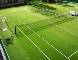 tennis sintetico con intaso verde